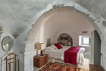 Trullo Iduna 1 of 2 double bedrooms