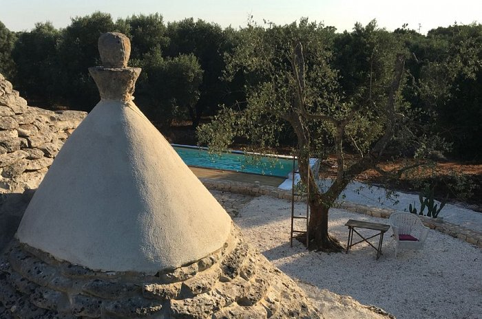 Trullo Elisa_pool