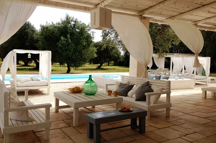 Masseria Scorcialupi_pool and veranda